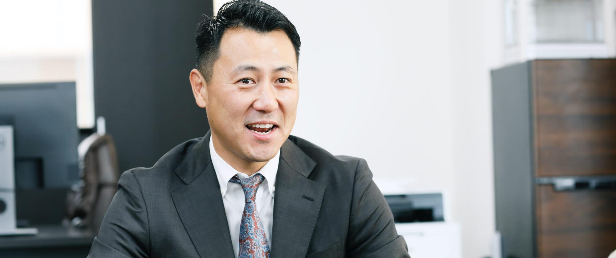 代表取締役社長 鈴木 優平